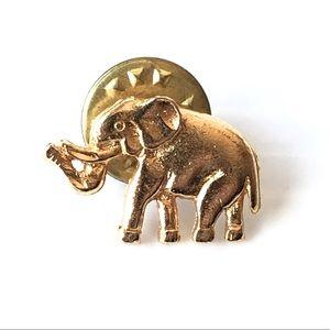 🌻Lucky Elephant Pinback